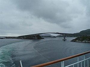 Stokkøy Bridge - View of the bridge