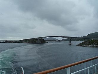 Stokkøy Bridge - View of the bridge