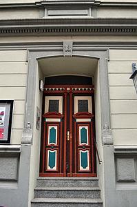 Stralsund, Fährstraße 18, Tür (2012-03-11), by Klugschnacker in Wikipedia.jpg