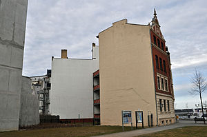 Stralsund, Seestraße 1, Ecke Fährstraße (2012-03-04) 2, by Klugschnacker in Wikipedia.jpg