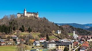 Strassburg Ansicht mit Bischofsburg Loreto-Kapelle und Stadtpfarrkirche 27032017 7168.jpg