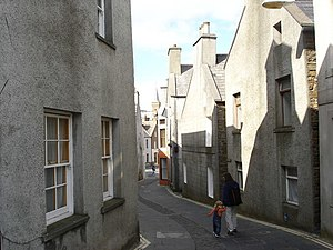 Stromness gables - geograph.org.uk - 1035232.jpg