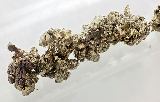 Strontium destilled crystals