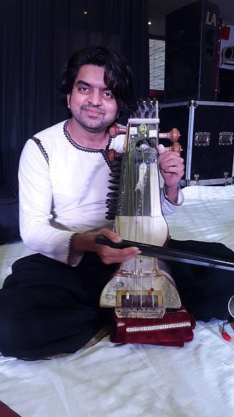 Suhail Yusuf Khan - Suhail during a show in 2015