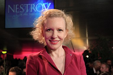 Sunnyi Melles - Nestroy-Theaterpreis 2012 c.jpg