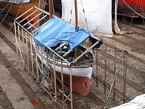 Suomenlinnan telakka Vera Violetta.JPG