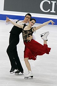 Tessa Virtue and Scott Moir at 2010 World Championships (3).jpg