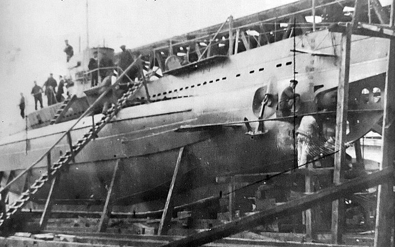 assembly of a SM U-31 submarine in the Ganz-Danubius company