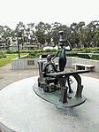 Theodor Seuss Geisel Memorial, UCSD, California.jpg