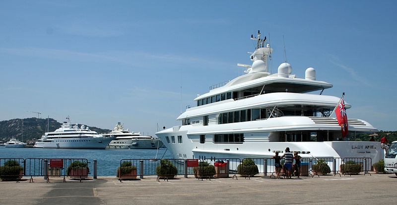 Three luxury yachts - Lady Anne, Lady Moura and Pelorus.jpg