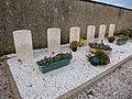 Tombes du commonwealth a plougoumelen - panoramio.jpg