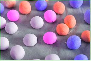 Tangyuan (food) - Nowadays, tangyuan (汤圆) often come in rainbow-like colors, and filled with many flavors such as fruit preserves