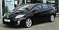 Toyota Prius Life (ZVW30) front-2 20110116.jpg
