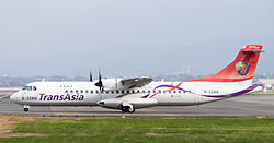 TransAsia Airways ATR 72-212A B-22816.jpg