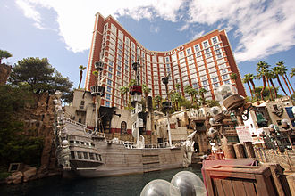 Treasure Island Hotel and Casino - Image: Treasure Island (4068177090)