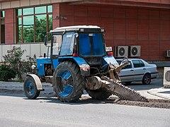 Trench digger, Baku (P1090226).jpg