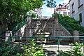 Treppenanlage mit Brunnen und Park 00.jpg