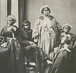 Truganini and last 4 tasmanian aborigines.jpg