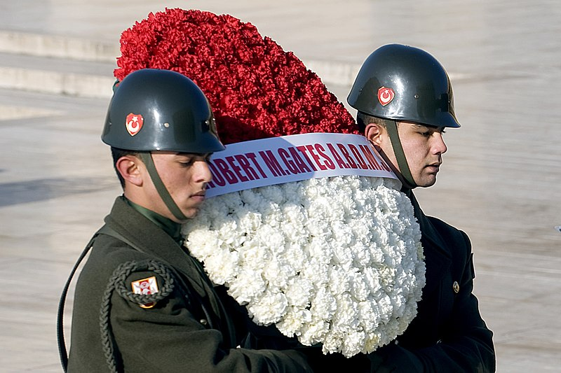 File:Turkish service members carry a wreath.JPG
