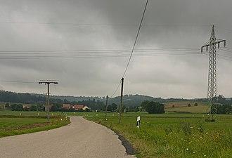 Oberdachstetten - Image: Tussen Möckenau en Oberdachstetten, wegpanorama met electriciteitsmasten foto 4 2016 08 05 11.31