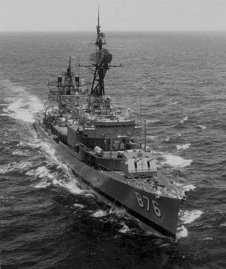 USS Rogers (DD-876) - USS Rogers (DD-876) in the South Cina Sea in 1973