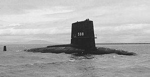 300px-USS_Scamp_%28SSN-588%29_underway_c