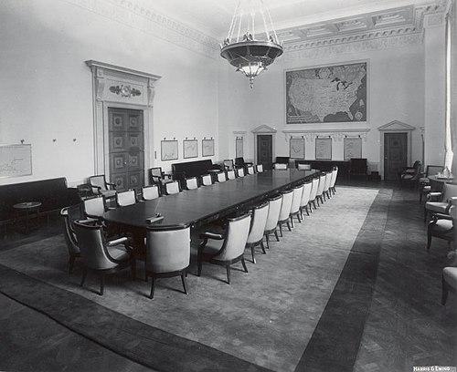 US Federal Reserve Board room 1940.jpg