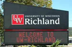 University of Wisconsin–Richland - Image: UW Richland Roadrunner Sign