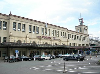 Ujiyamada Station - Ujiyamada Station frontage, July 2006