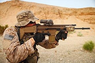 FN SCAR - A U.S. Navy SEAL with the SCAR-H STD (Mk 17)