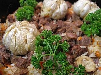 Xinjiang cuisine - Uyghur polu (پولۇ, полу)