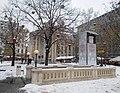 Vörösmarty tér M1 és Vörösmarty-emlékmű, 2019 Lipótváros.jpg