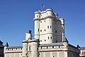 Vincennes. Le donjon du château. 2009.jpg