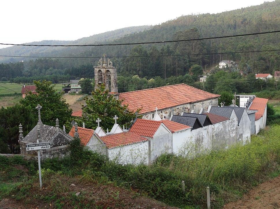 Vista xeral Igrexa Cundíns, Cabana de Bergantiños 09
