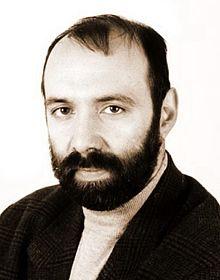 Владо Любенов