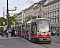 WL 759, Oper, Karlsplatz tram stop, 2019 (01).jpg