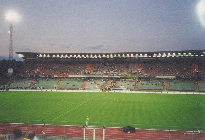 Waldstadionold1.jpg