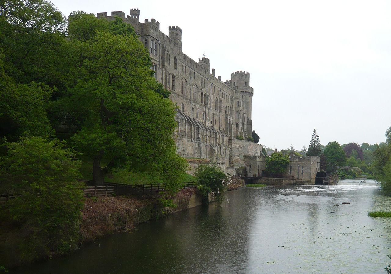 Castle Warwick 3 Classic --Ajudas 1280px-Warwickside