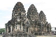 Wat Phra Prang Sam Yod in Lopburi