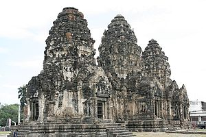 History of Thailand - The Khmer temple of Wat Phra Prang Sam Yod, Lopburi