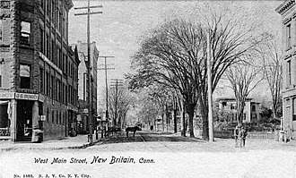 New Britain, Connecticut - Postcard: West Main Street, pre-1907.