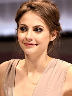 Willa Holland.jpg