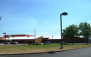 Willamina High School Public school in Willamina, Yamhill County, Oregon, United States