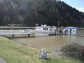 Winchester Bay, floating restaurant.jpg