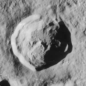 Wright (lunar crater) - Image: Wright crater 4186 h 3