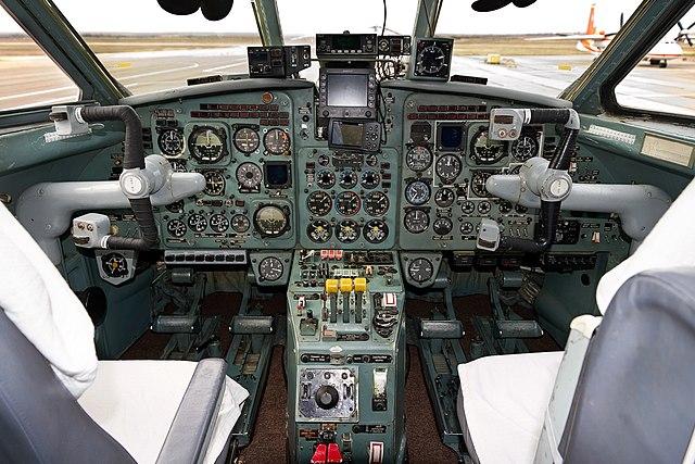 История самолета Як-40