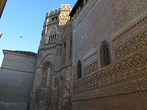Cathedral of the Savior of Zaragoza - Romanesque apse with mudéjar and gothic additions
