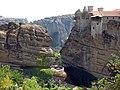 Метеоры. Один из шести действующих монастырей. - panoramio.jpg