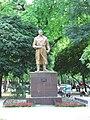Памятник Валерию Чкалову.jpg