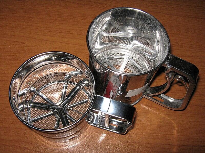 File:Сито механическое (кружка-сито) Sieve, Flour Sifter.JPG